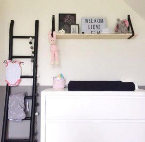 ladder op een babykamer