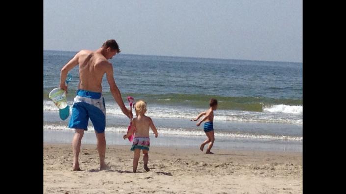 guy op het strand