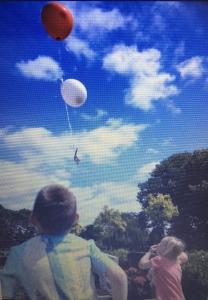 mijn man blaast zijn laatste adem uit ballonnen