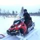 sneeuwscooter rijden in lapland