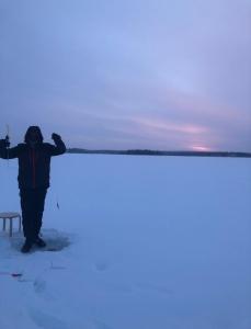 vakantiehuis huren in lapland ijsvissen